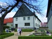 Hollfeld: Umgestaltung zu einem kleinen Bürgergarten mit Ruhezonen