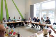 Weyhe: Besprechungen am Tisch